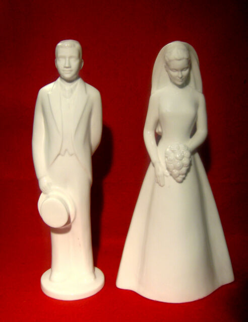 COALPORT MOMENTS *THE GROOM* & *THE BRIDE* LOT OF 2 FIGURINES MADE IN ENGLAND