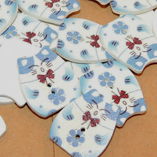 Blue Cat wooden 2 hole button set of  10 (11809)