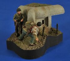 Verlinden 1/35 Taking The Pillbox WWII Vignette with Base (3 Figures) 2585