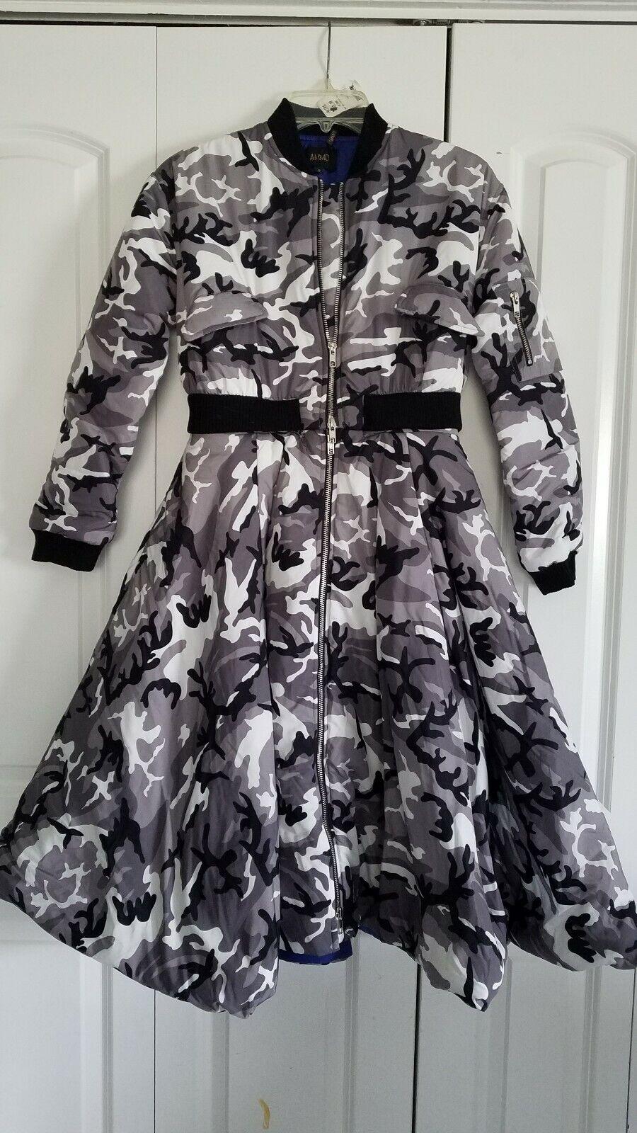 Akira Camo Two Pice Coat Jacket