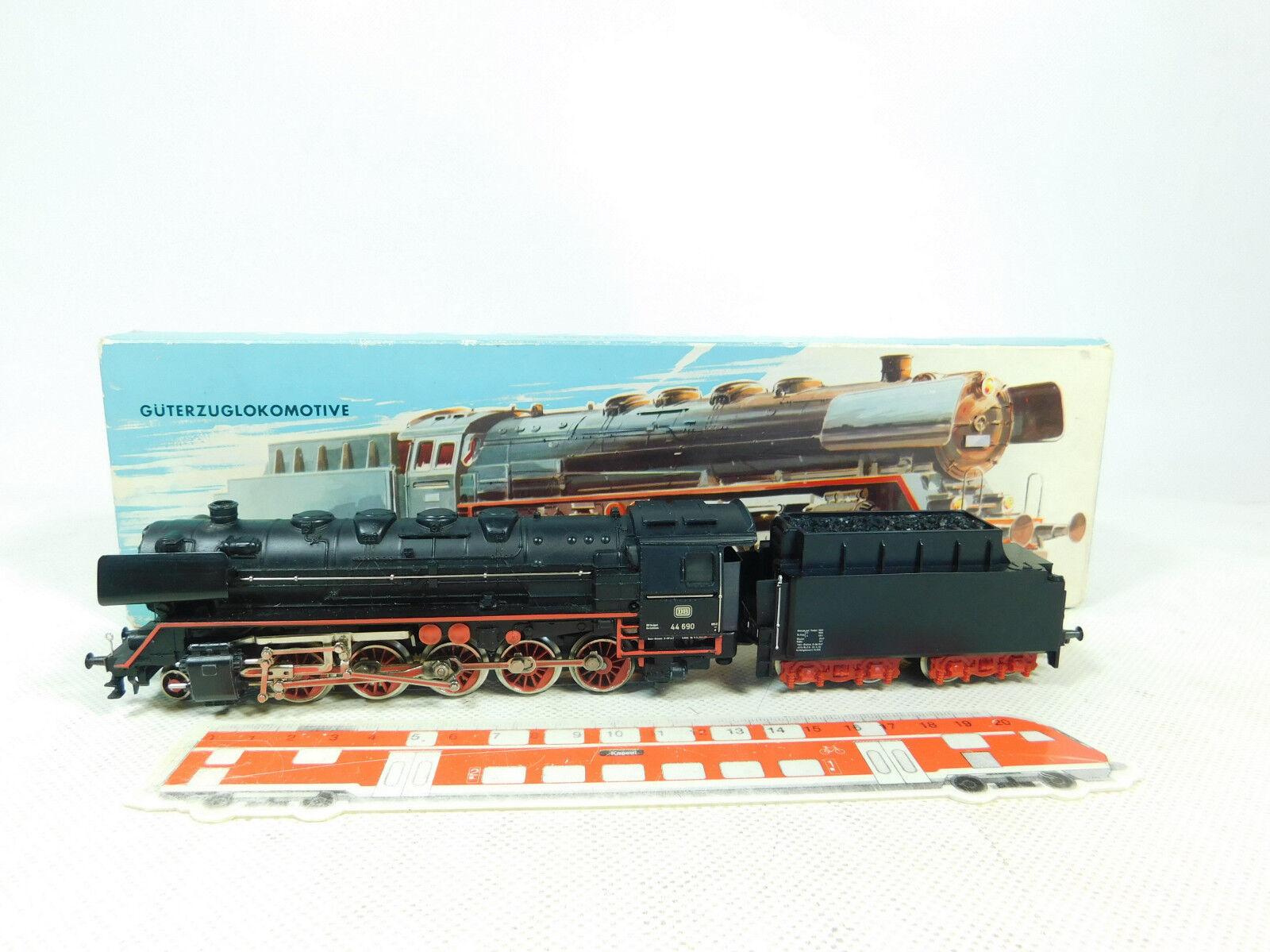 BT135-2 Märklin H0   Ac 3047 Locomotora de Vapor   44 690 Db Humo Digital Ovp