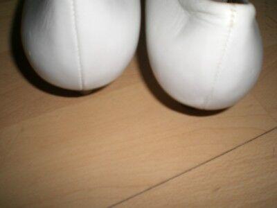 Laura Ballerina Schuhe mit kleinen Absatz Größe 38 in Farbe Weiß