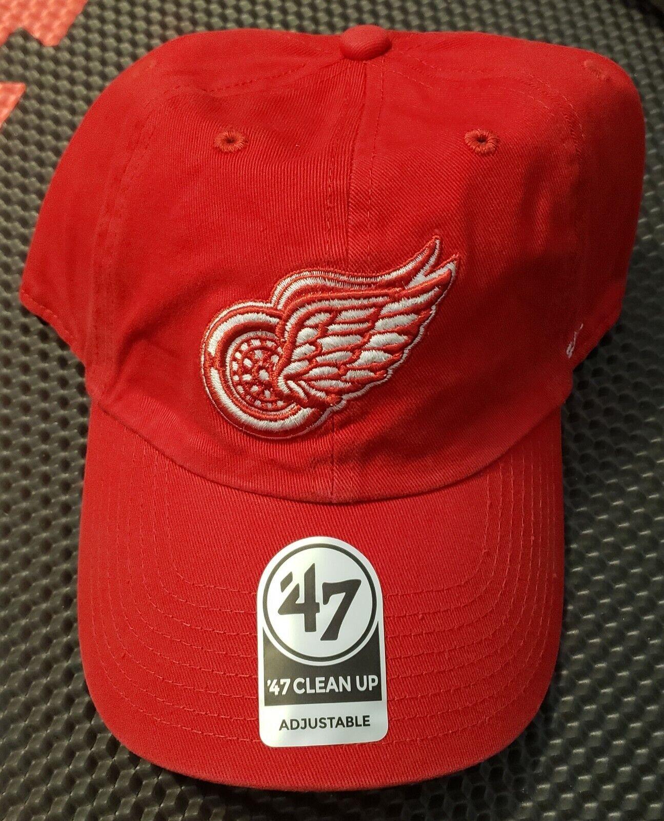 Detroit Red Wings HIMO Colorblock Santa Hat