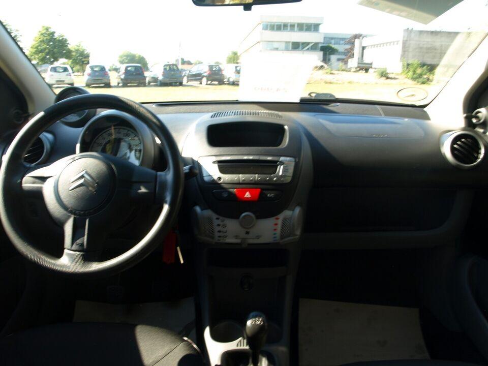 Citroën C1 1,0i Prestige Benzin modelår 2009 km 175000