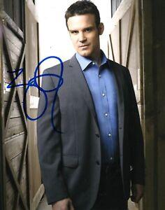 Warehouse-13-Eddie-McClintock-Autographed-8x10-Photo-COA
