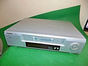 Philips-VR220-VCR-VHS-Video-Grabadora-De-Cassette-Vintage-Plata-Repuestos-defectuoso