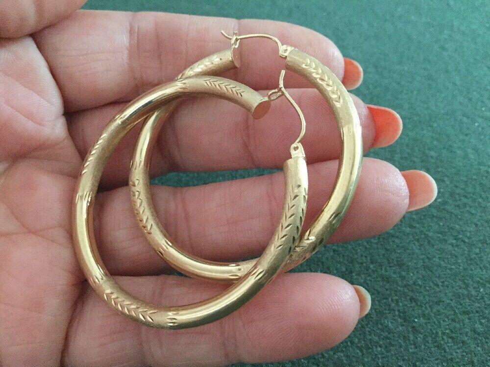 CLASSY 10KT YELLOW gold HOOP DIAMOND CUT EARRINGS MARKED  SLT