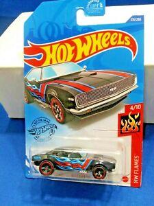 2020-Hot-Wheels-Case-P-Kroger-Exclusive-039-67-Camaro-231-HW-Flames-4-10-Die-Cast