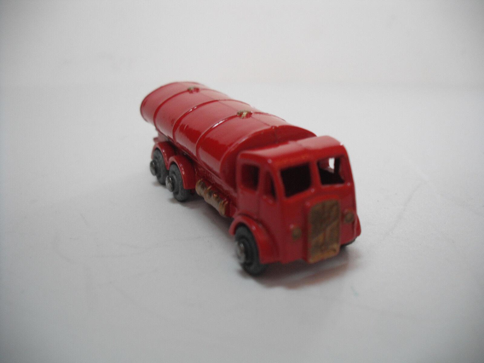 Vintage MOKO LESNEY MATCHBOX  11A camion citerne avec bordure dorée. Near Comme neuf plus