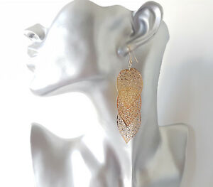 Gorgeous-7-5cm-long-gold-tone-lightweight-layered-filigree-leaf-drop-earrings