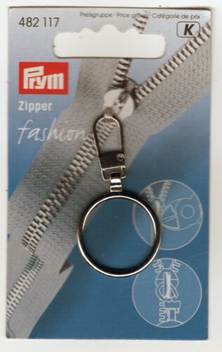 Silver Classic Zip Ring Pull by Prym.
