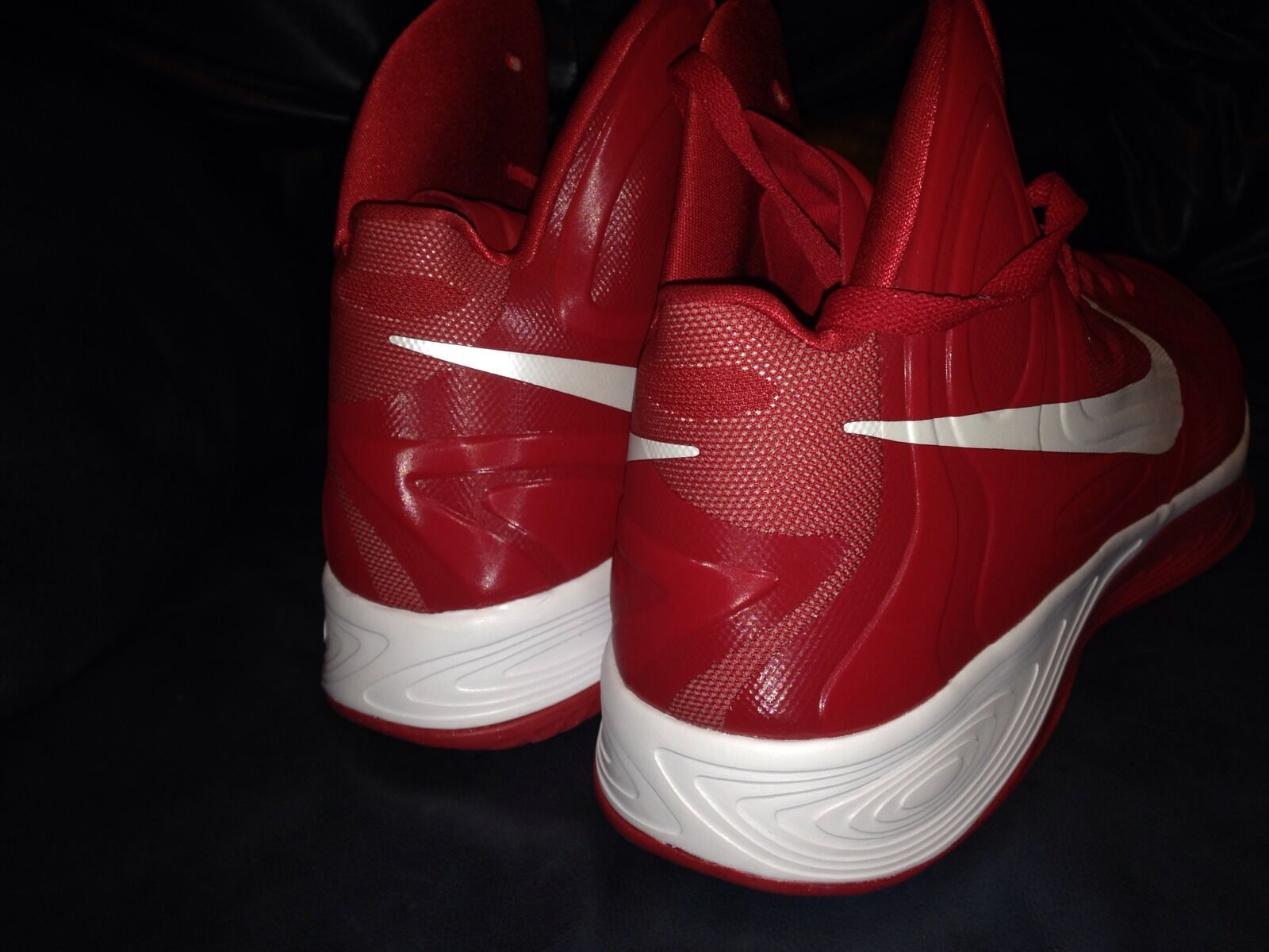DS Nike Hyperfuse Red Mens Basketball shoes Size Size Size 18 6cf793
