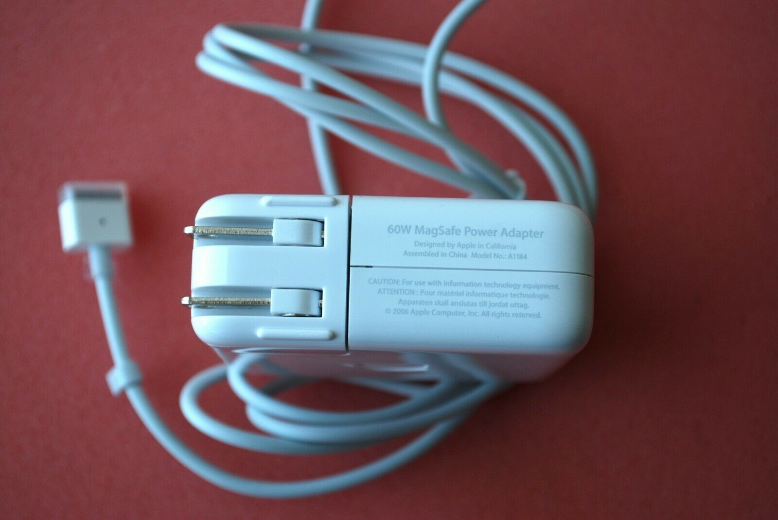 X55A Brand New Genuine Apple A1184 MagSafe 1 60W Power Adapter 611-0465