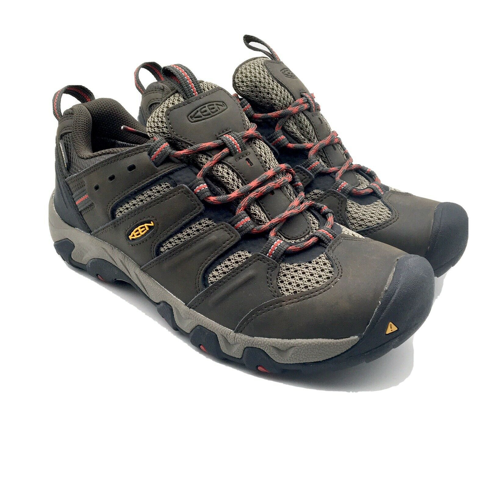 keen low top hiking shoes