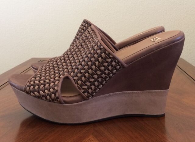 b0dcca28861 UGG Australia Doha Wedge Sandal Clogs Shoes Brown Leather Womens Size 11