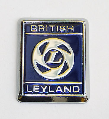 Stag etc British Leyland part 725525 GT6 Triumph House Badge Spitfire TR