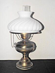 GONE-WITH-THE-WIND-VINTAGE-3-WAY-SWIRLED-SHADE-ELECTRIC-OILBURNER-HURRICANE-LAMP