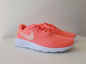 hyviä diilejä 100% aito ostokset Details zu NIKE Tanjun Damen Mädchen Turnschuhe Sneaker Sportschuhe koralle  Gr. 35,5