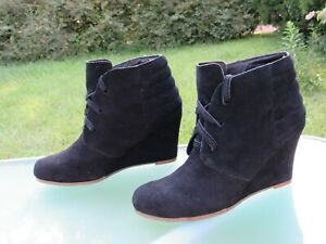 Dolce-Vita-Black-Suede-Lace-Up-Wedge-Ankle-Boots-Womens-size-6-5