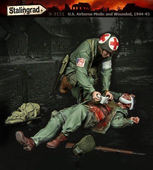Stalingrad 3151 1 35 US Airborne Medic and Wounded