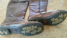Born boots size 9