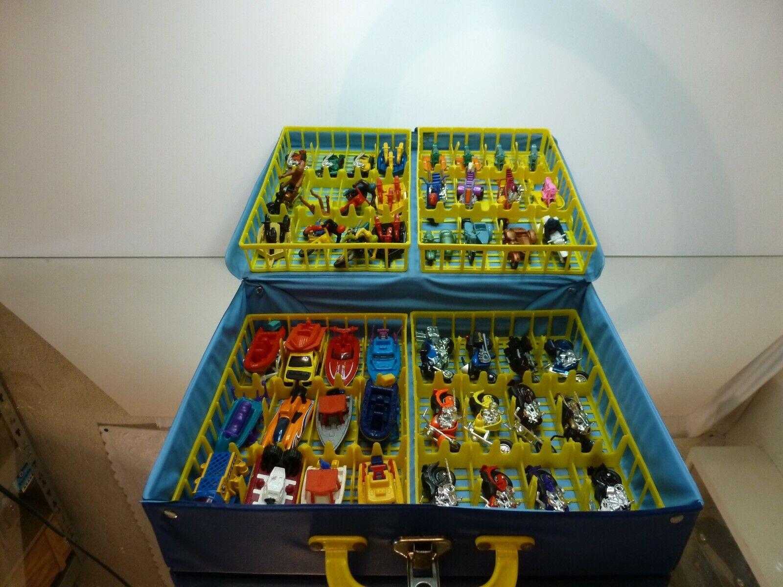toma MACHTBOX CocheRY CASE 35 BIKES + 12 BOATS - - - HARLEY TRIUMPH LAMBRETTA - VERY GOOD  barato