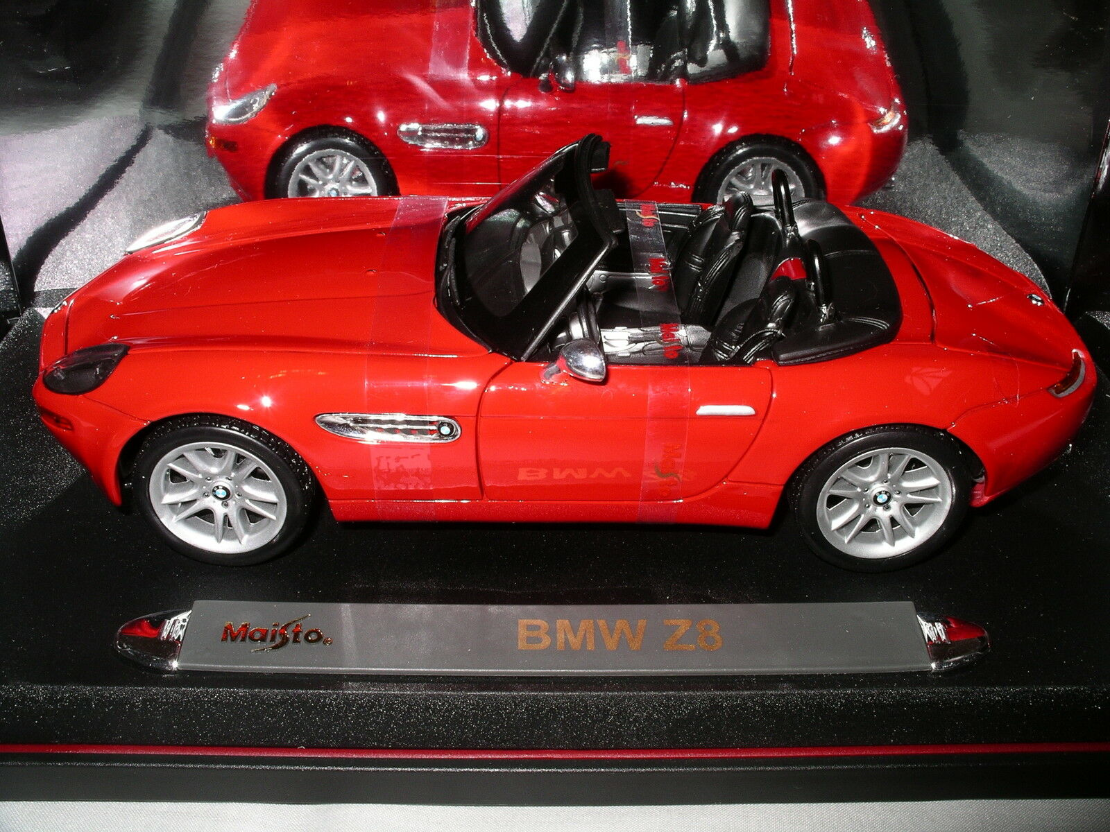 BMW Z8 Red Box Original Straps Premiere Edition by Maisto Bright and Clean 1 18