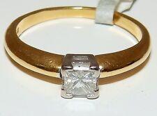 Fine 18CT Oro Amarillo 0.3 quilates princesa diamante anillo único
