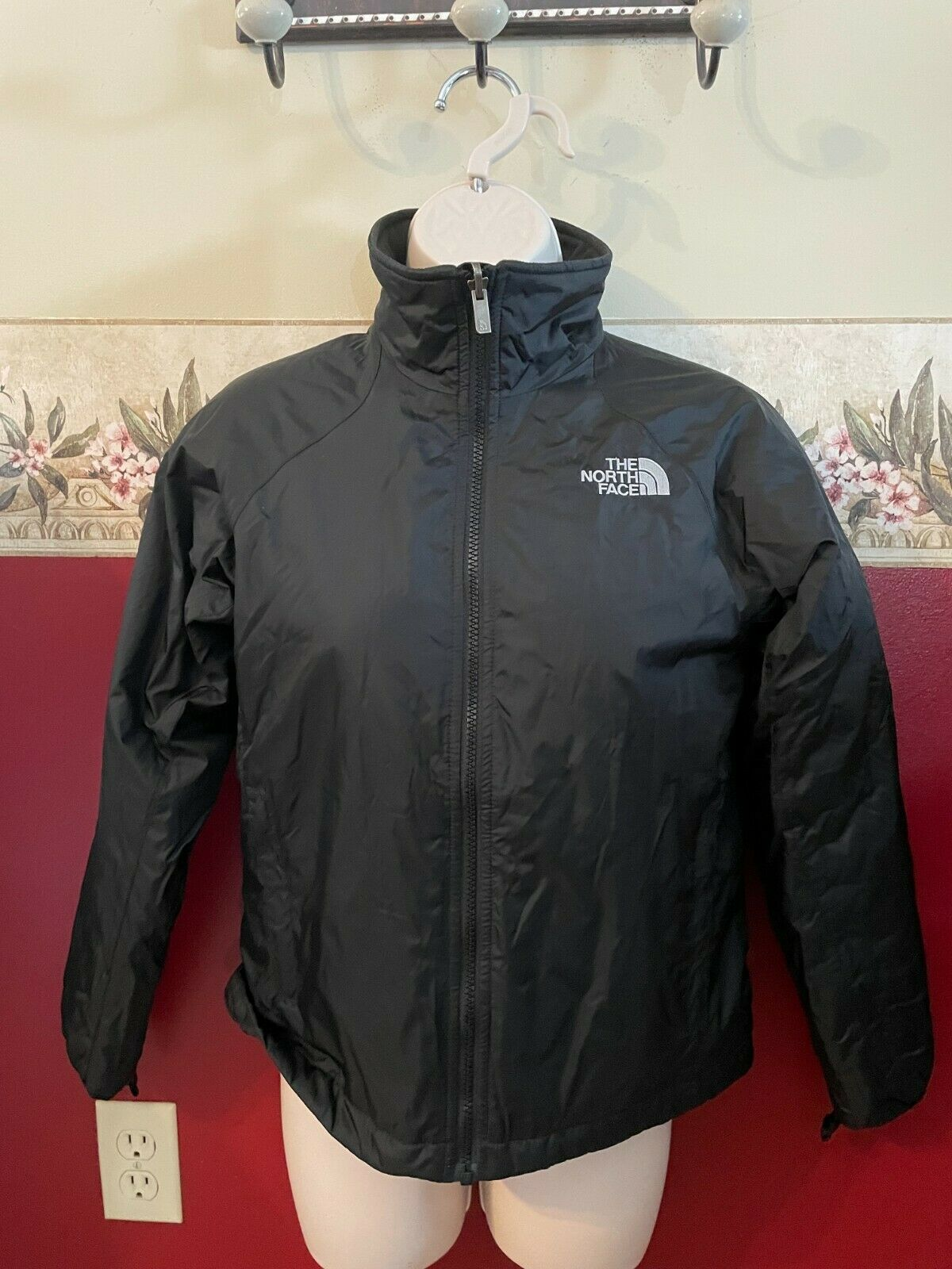 The north face lightweight coat size XS black