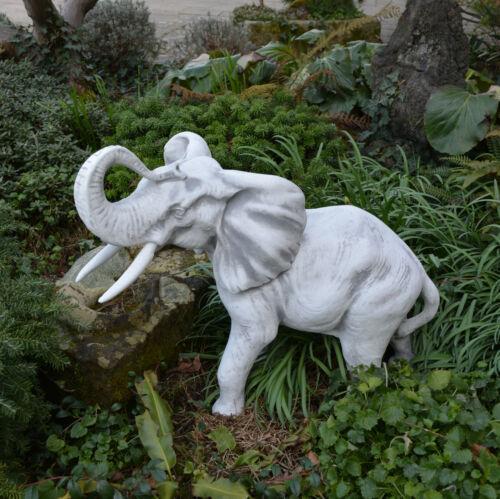 Massive Steinfigur großer Afrikanischer Elefant Männchen aus Steinguss frostfest