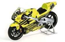 MINICHAMPS 122 016946 Honda RC211V Rossi Pre Season Test bike 2001 1:12th scale