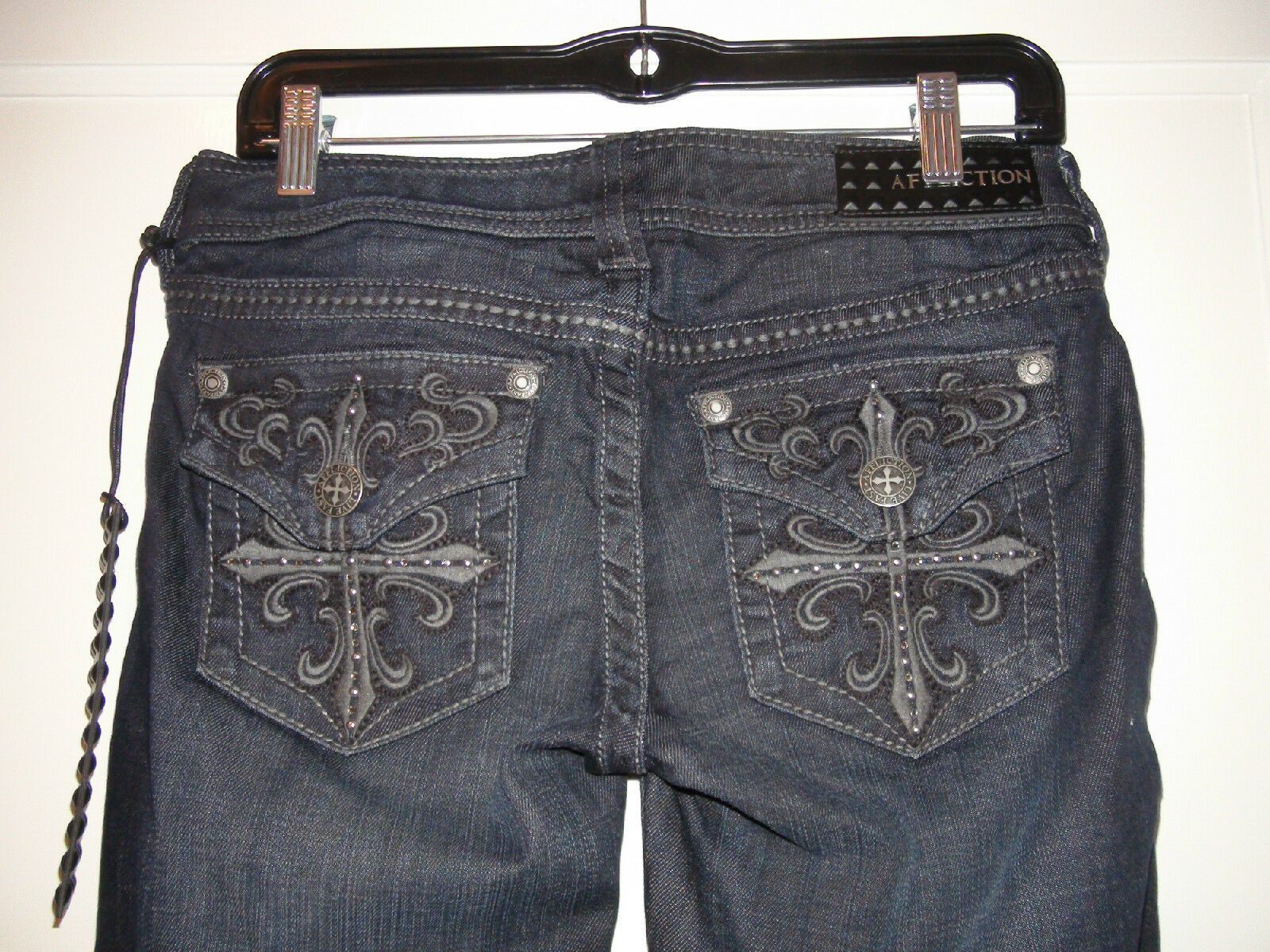 Affliction Women's Jade bluee Boot Cut Jeans 02BC402 embroidered cross detail 28