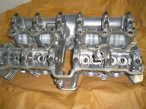 Honda-CB900-FZ-FA-Boldor-Zylinderkopf-neu-Original