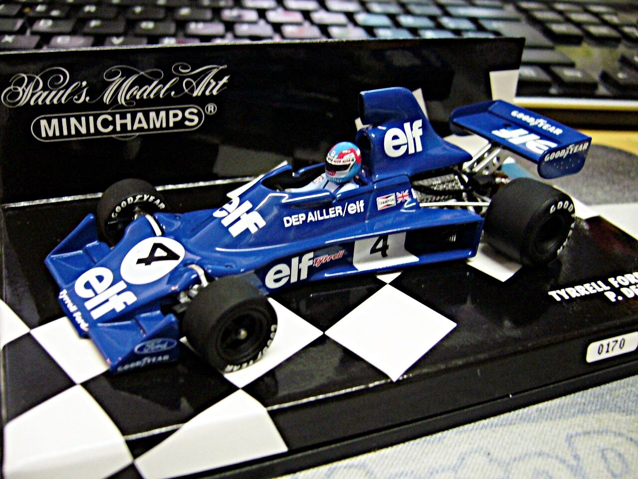 F1 tyrrell Ford Cosworth 007 1975 Depailler  4 onze LIMITED MINICHAMPS 1 43