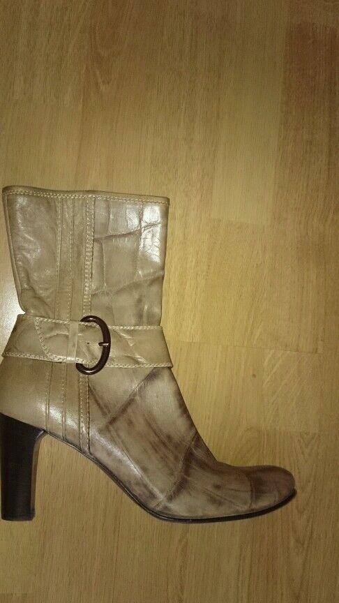 Laura Schuhe Stiefelette  Stiefel Gr.40 L.P. 499