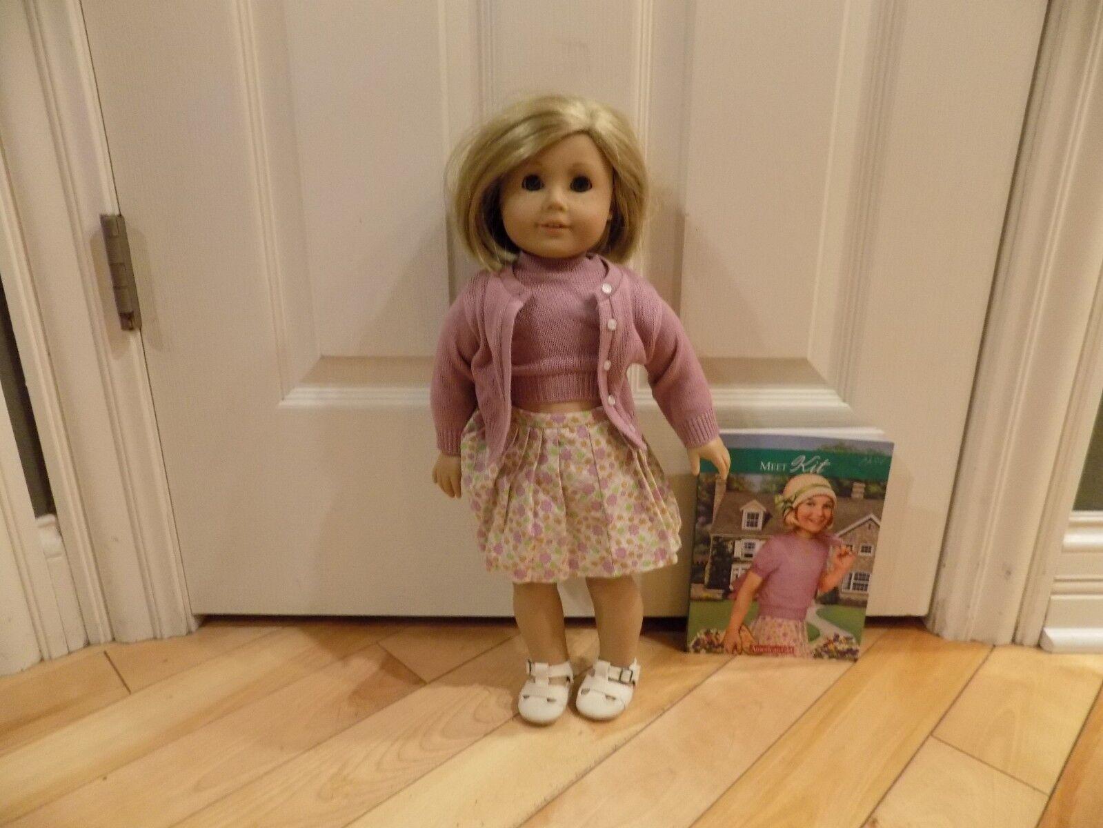 American Girl agradable compañía 18  Kit Muñeca con traje de libro de satisfacer muy agradable
