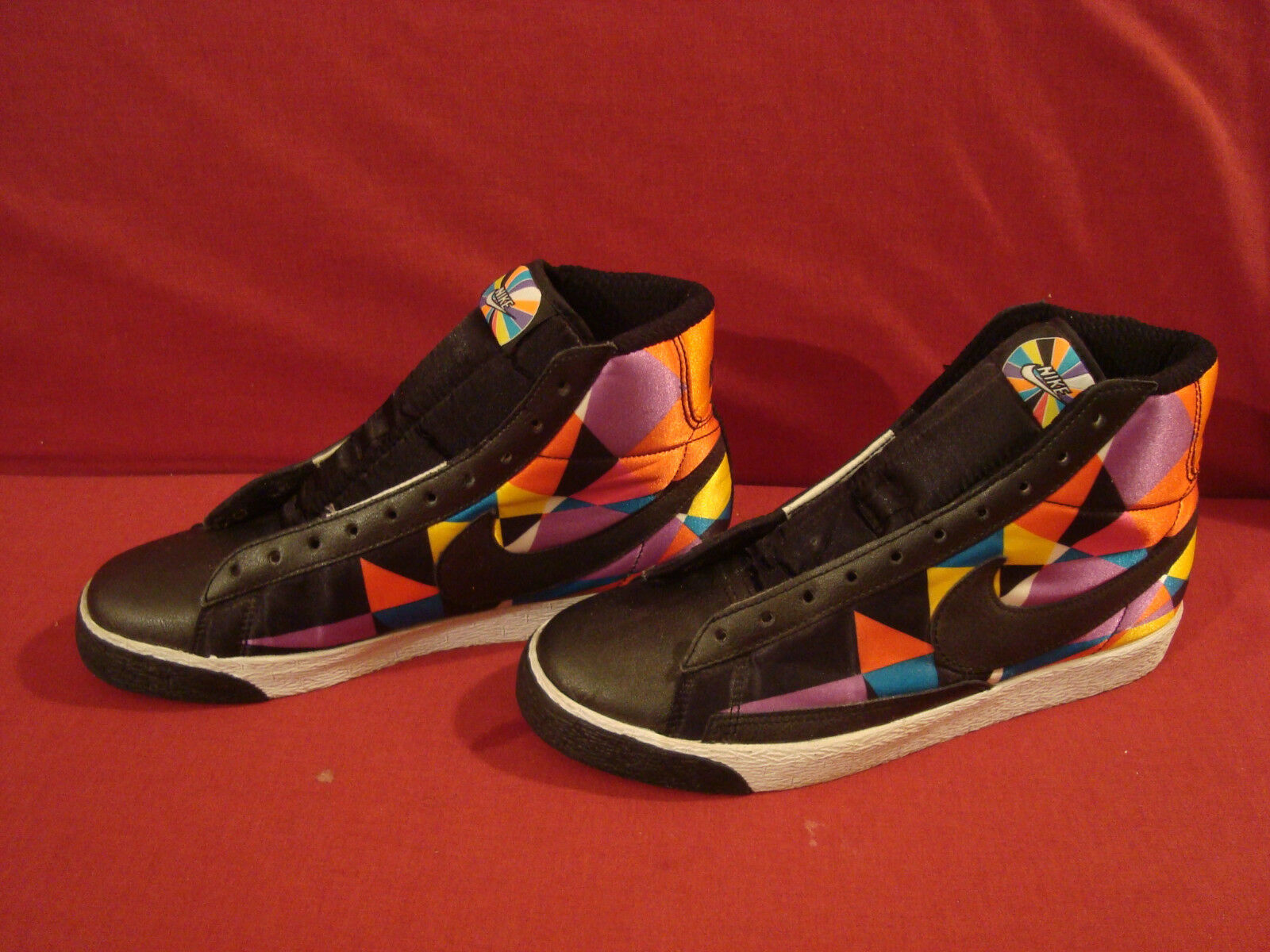 NIKE MULTI WOMEN'S MULTI NIKE COLOROT QUILTED SNEAKERS EXCELLENT CONDITION c0c8e1