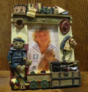 Figi-Frame-PFT-AT-201-TOYS-FOR-BOYS-2-034-x-3-034-Pic-NIB-From-Retail-Store