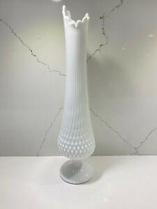 Vintage-Fenton-Milk-Glass-Large-Stretch-Swung-Hobnail-Footed-Pedestal-Vase-18-034