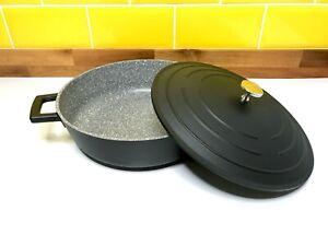 MasterClass-Shallow-Casserole-Dish-with-Lid-Lightweight-Cast-Aluminium-Black-4L
