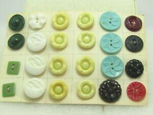 Vintage-24-Plastic-Button-Lot-1940-039-s-60-039-s-Floral-Etc-Some-Matches