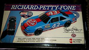 New in box Richard Petty Fone Phone Touch Tone NASCAR Collectible