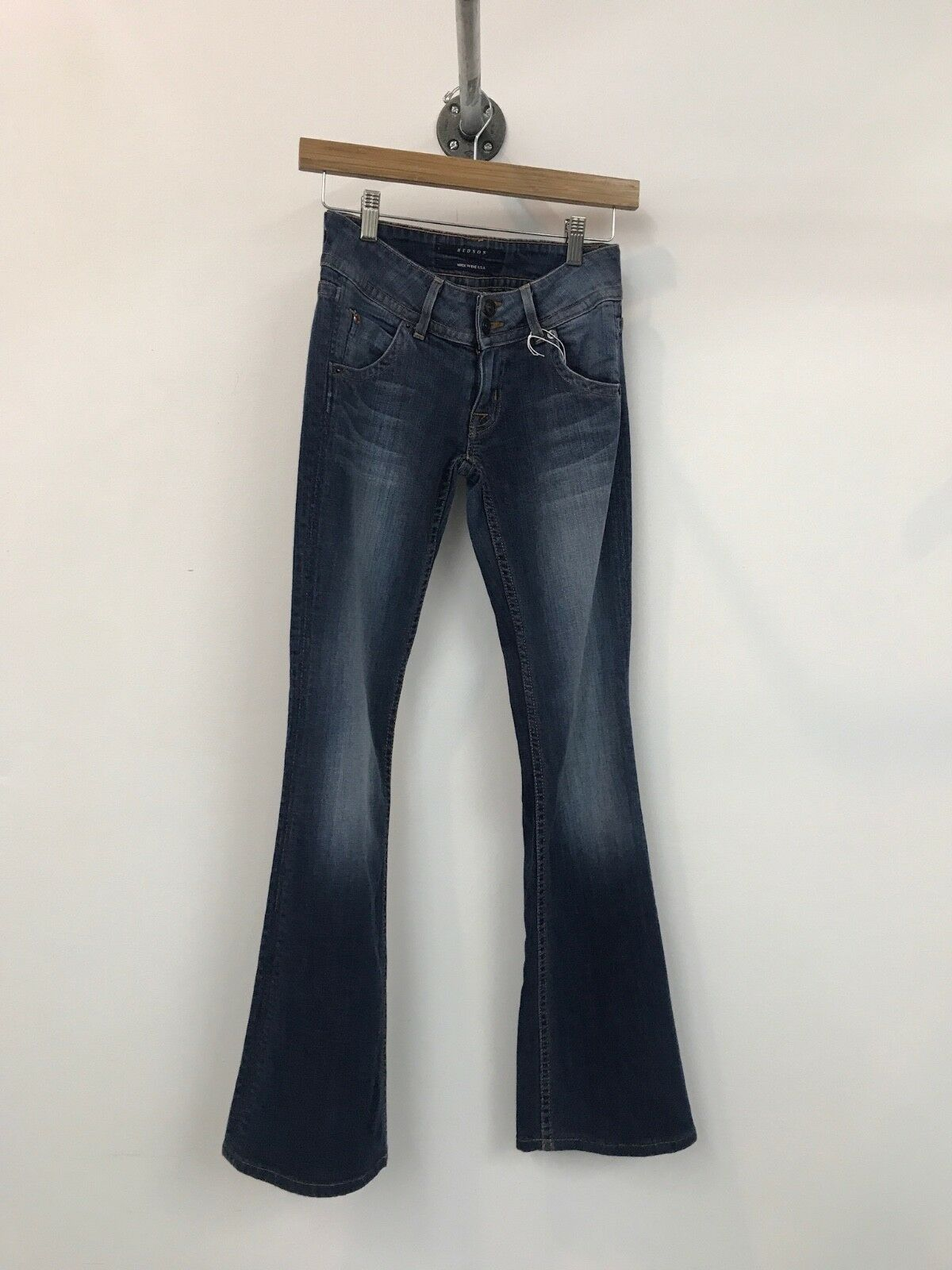 HUDSON SIGNATURE TRIANGLE FLAP FLARE STRETCH LOW DENIM WOMENS JEANS, Size 24