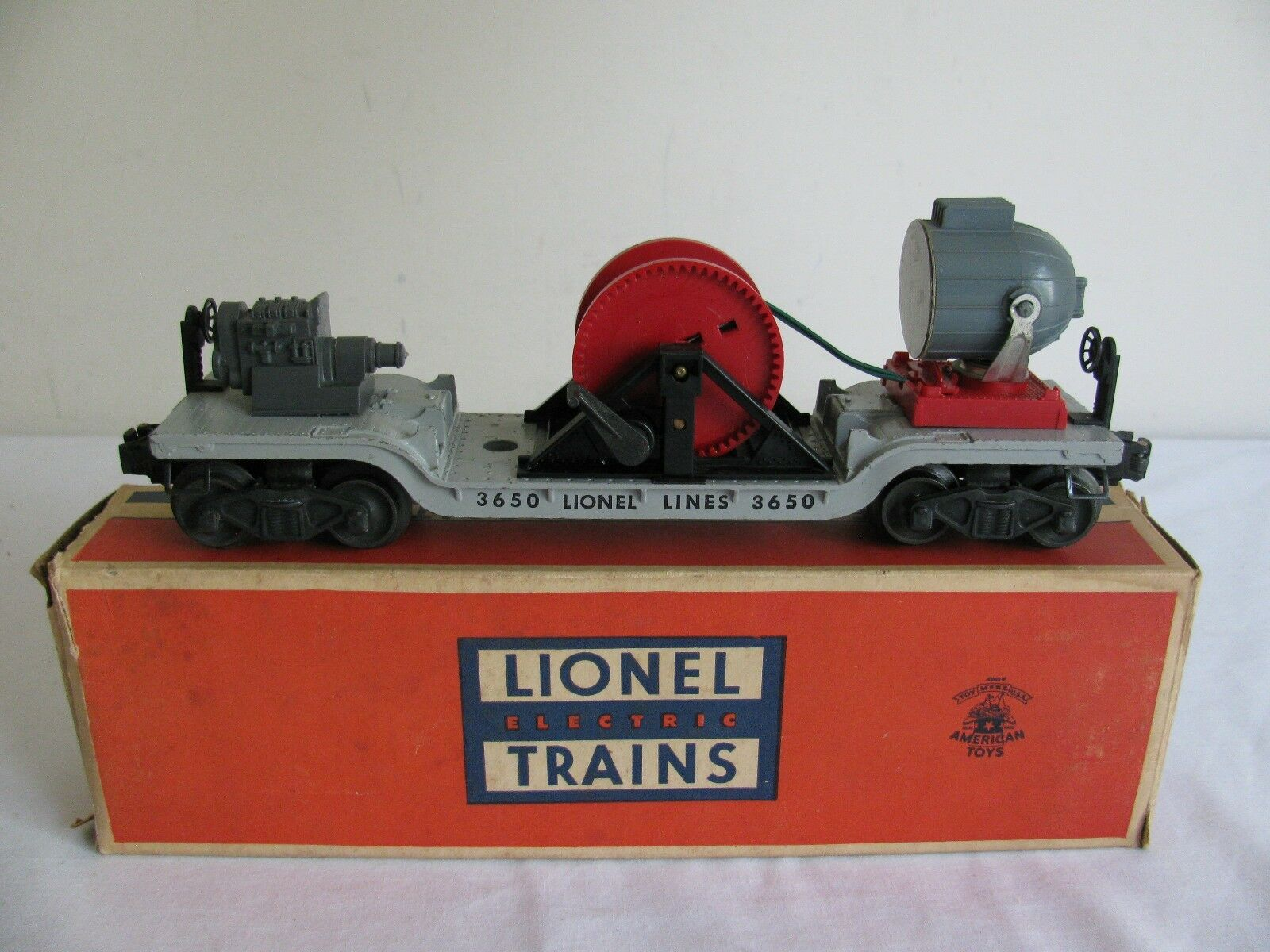 Vintage Lionel Trains O/O-27 Scale Search Light Extension Flat Car  3650 EX