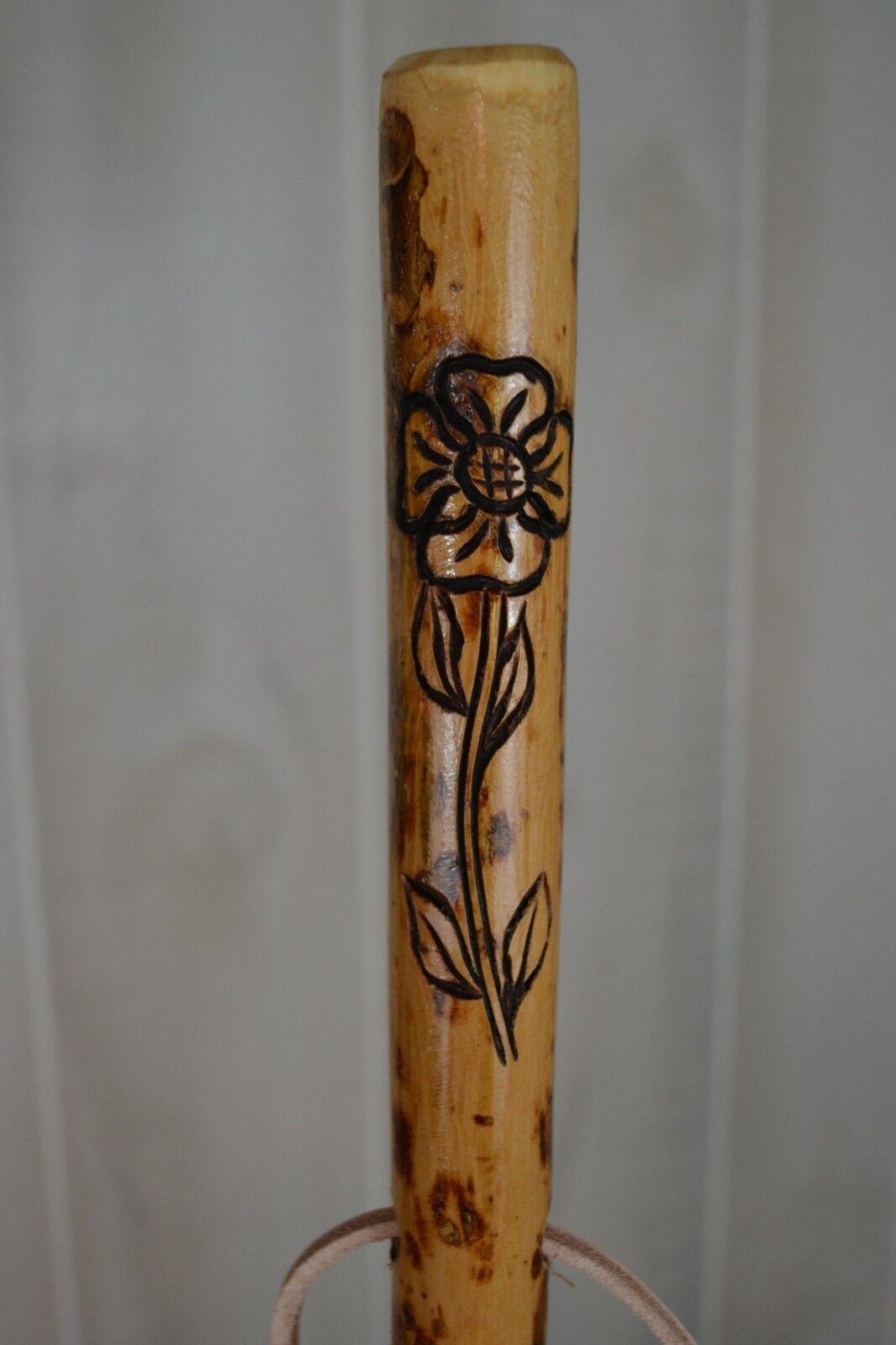 Flor Con Vid Tallado bastón, Olmo Tallada A Mano personal de senderismo, hecho en EE. UU.