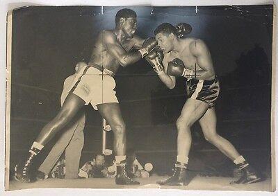 EZZARD CHARLES 1949-1951 HEAVYWEIGHT CHAMPION 1954 8 X 10 ORIGINAL PHOTO 1