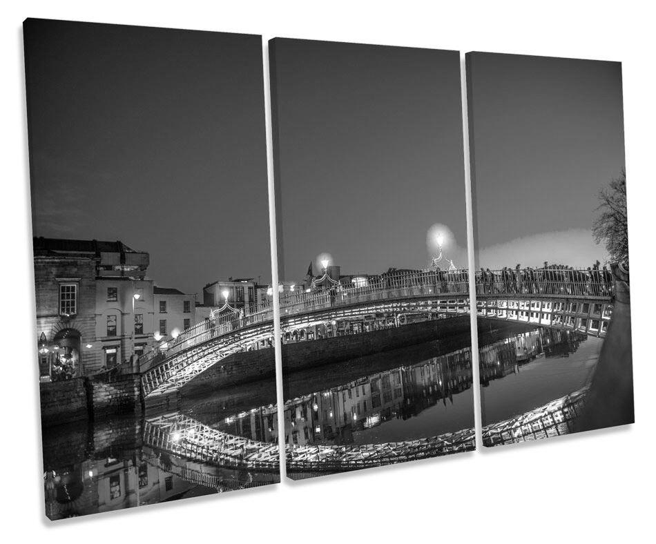 Dublin ha 'Penny Bridge art. a muro B&W Triplo Cornice di stampa