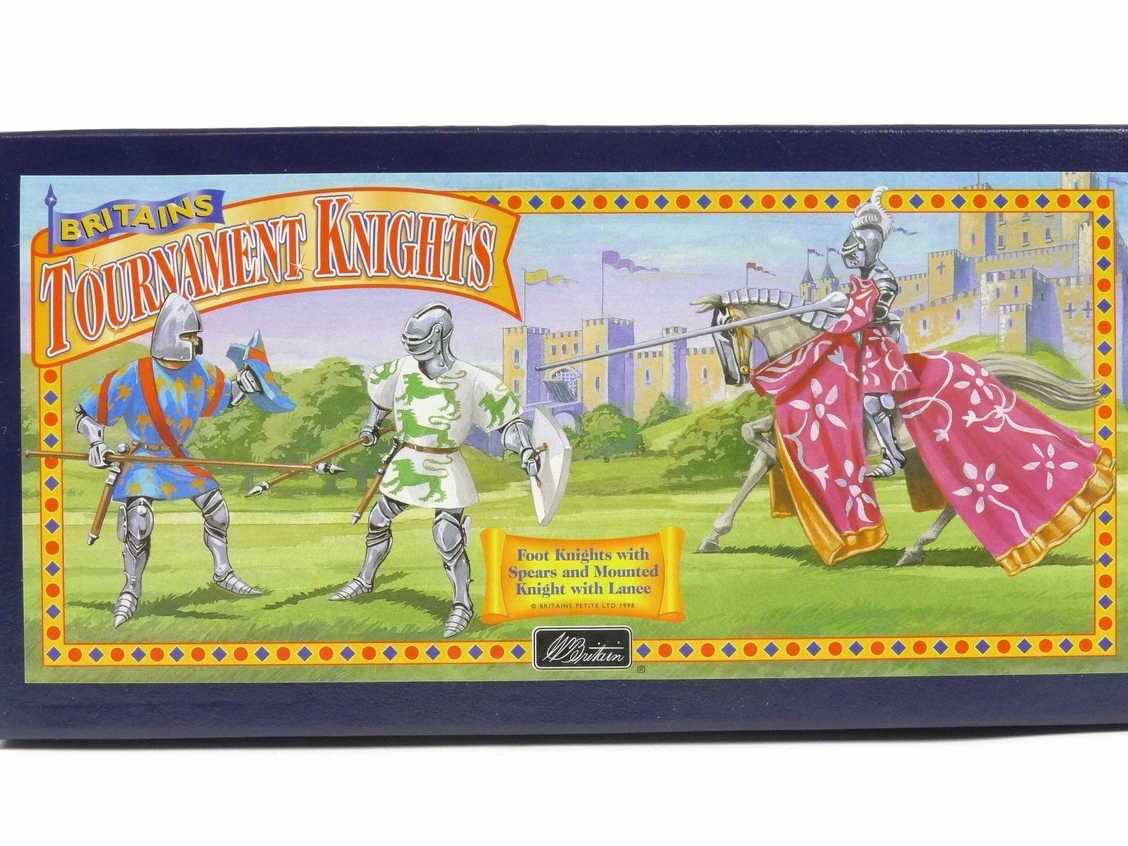 W Britain 08763 - Foot Knights with Spears & Mounted Knight with Lance