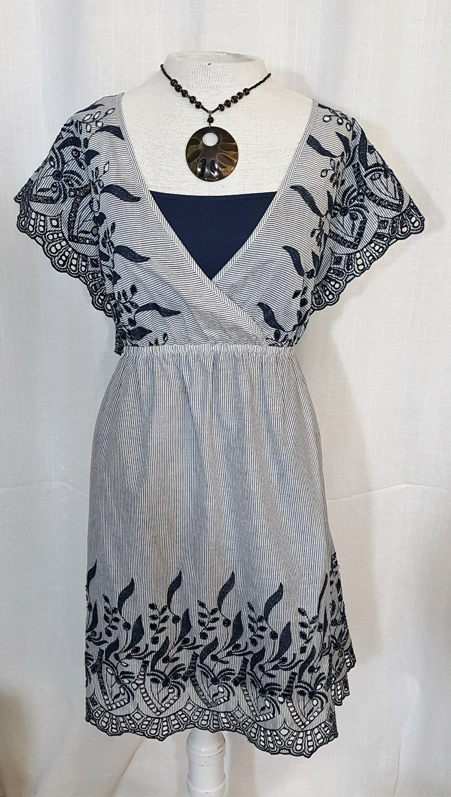 Two by Vince Camuto Stripped Embroidered Eyelet Dress Sz. Med   129