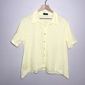name: Made in Barcelona Shark Bite Hem Button Top Size Small S Cotton Yellow